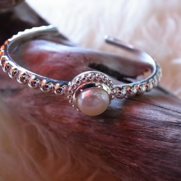 Armspange massiv Silber mit Perle CHF 78.00