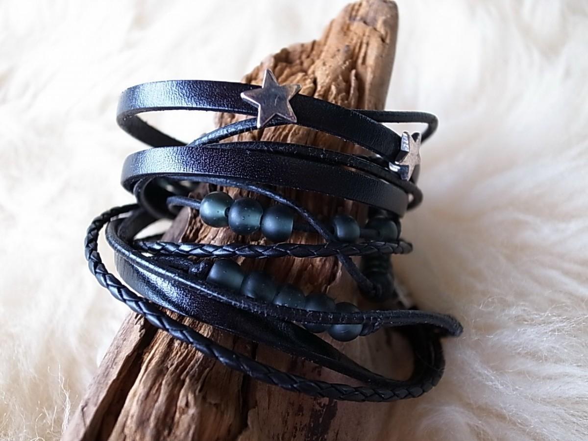 Armband Leder mit Metallteile dreifach nickelfrei CHF 37.00